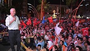 Torbalı'da El Ele Zafer Kutlaması