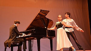 65 Öğrenci'den Unutulmaz Piyano Resitali