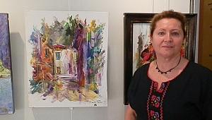 Ankaralı Ressam Eserlerini Foça'da Sergiledi