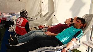 Demokrasi ve Milli Birlik Günü'nde kan bağışları yüzde 100 arttı