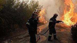 Yunanistan yanıyor