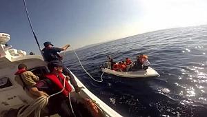 İzmir'de 15 düzensiz göçmen fiber teknede yakalandı
