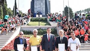 İzmir'in kurtuluş törenleri Bornova'dan başladı