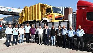 Kardeş belediye Hekimhan'a araç desteği
