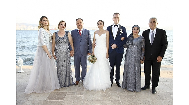 Yedi yıllık aşk evlilikle taçlandı
