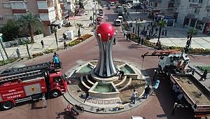 Kızılelma Anıtı Atatürk Caddesinde Yerini Aldı