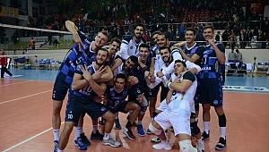 Arkas Spor, namağlup lider Galatasaray'ı 3-0 yendi.