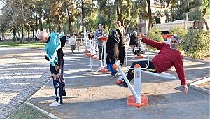 Çamdibi Atatürk Parkı yenilendi