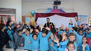 Çocuklar tiyatro oyununu çok sevdi