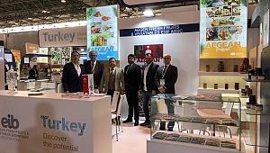 Türk lezzetleri Paris'te görücüye çıktı