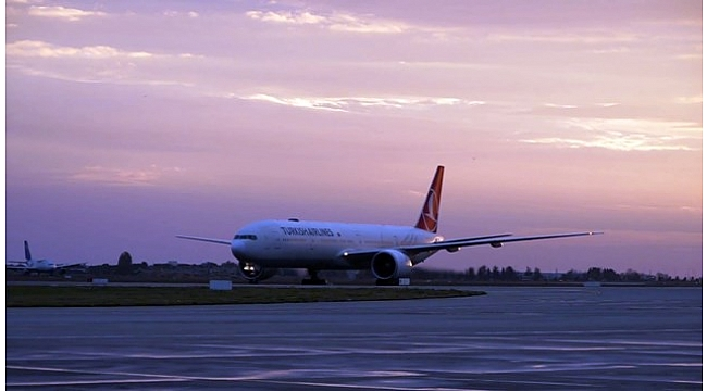 Antalya ve İzmir havalimanları uçuş trafiğinde yükselişte