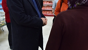 Dost Market'ten yararlanan ailelere ücretsiz soğan dağıtıldı