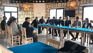 Foça'daki Koca Mehmetler Mahallesinde halk toplantısı