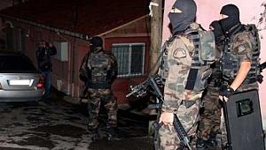 İzmir'deki PKK operasyonuna 7 tutuklama