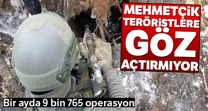 Mehmetçik teröristlere göz açtırmıyor! Son bir ayda 9 bin 765 operasyon
