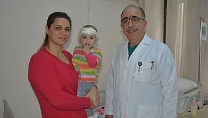 Yağmur Bebeğe Biyonik Kulak Ameliyatı Yapıldı.