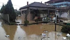 İzmir'de şiddetli yağış raporu
