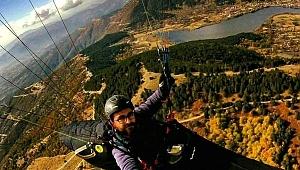 Bozdağ'da yamaç paraşütü adımı