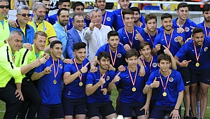 Menemenspor şampiyon