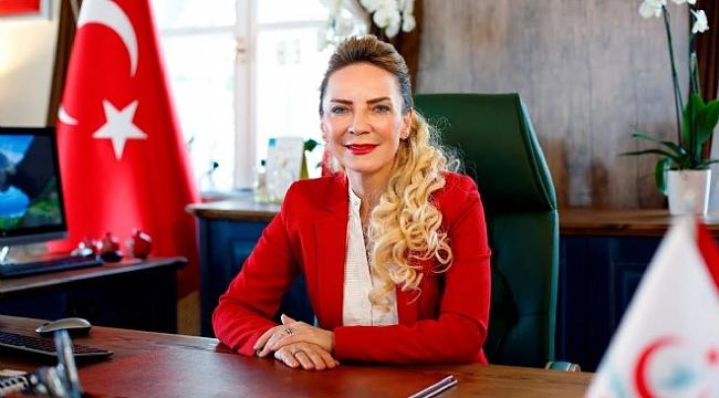 İzmir Sağlık Müdürlüğü karıştı.Salnur yeniden görevine dönüyor