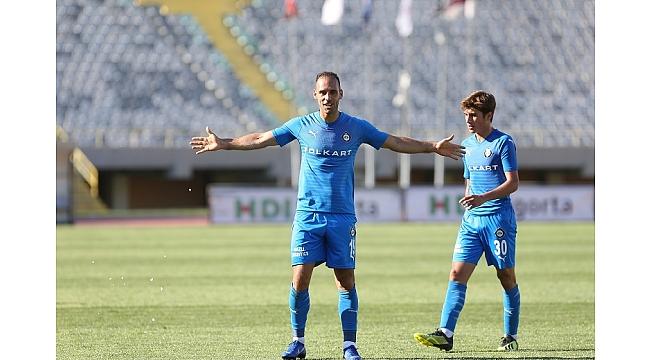 Marco Paşa gol olup yağdı
