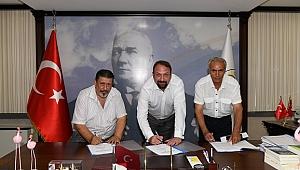 Çiğli'de Memur Toplu Sözleşmesi İmzalandı