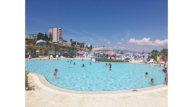 İzmirliler Aqua Yaşam'a yoğun ilgi gösterdi