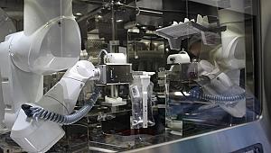 Robot eczacı işbaşında