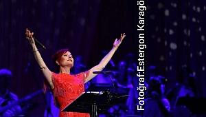 Candan Erçetin Denizbank Açıkhava Konserlerinde Sahne Aldı