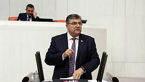 """""""Türkiye Tarım Sektöründe Her Geçen Gün Eriyor"""""""