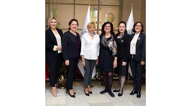 Akdeniz'de kadınların barış projesi