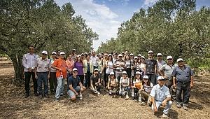 Büyükşehir, üreticiler ve gönüllü gençlerden örnek işbirliği