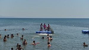 Çiğli Belediyesi'nden Kadın ve Çocuklara Deniz Tatili