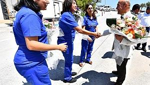 İZBETON ve İZELMAN işçileriyle de bayramlaştı