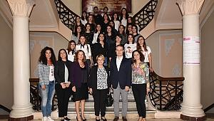 """""""Geleceği Yazan Kadınlar"""" projesine tam destek"""
