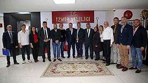 İzmir'de yatık duran binaların yeniden risk analizi yapılacak