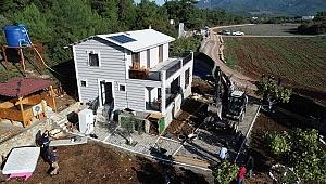 İzmir'in saklı cennetindeki kaçak villalara yıkım şoku