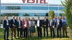 KalDer İzmir Şubesi Vestel'de Profesyonellerle Bir Araya Geld