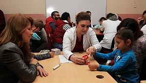 Karabağlar'da miniklere diş sağlığı eğitimi verildi