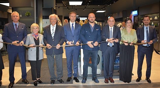 """Siemens Ev Aletleri'nden İzmir'e iki yeni """"deneyim"""" mağazası"""