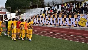 Aliağaspor FK 3 puanla dönüyor