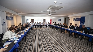 İzmir'in başkanları Menderes'te toplandı