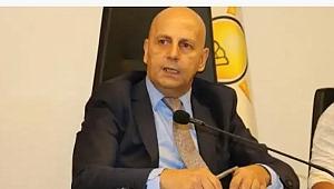 Mısırlı,Belediye Başkanını Topa Tuttu