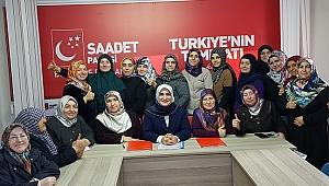 SP Kadın Kolları Genel Başkanı Asiltürk İzmir'de