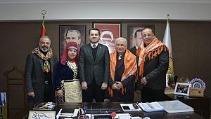 Yörük Türkmenler'den Başer'e ziyaret