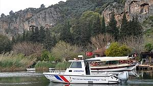 Dalyan'da tekne seferleri durduruldu