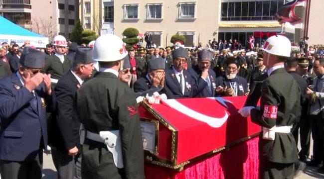 İzmir idlib şehidine son görev