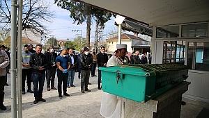 Annesi tarafından öldürülen minik Ali toprağa verildi