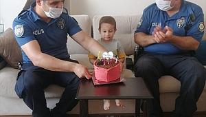 Ata Buray'a doğum günü sürprizi