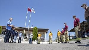 Derince'den yangın ekiplerine bayram ziyareti